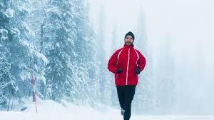 دانلود پاورپوینت تاثیر محیط سرد بر فعالیت های ورزشی تاثیر محیط سرد بر فعالیت های ورزشی پاسخ های سازشی به سرما  سوخت و ساز در محیط های سرد هوای سرد و انجام فعالیت بدنی استفاده از فعالیت بدنی برای تولید گرما دفع گرما از طریق ریه ها تأثیر تمرین بدنی بر پاسخ ها به هوای سرد تاثیر هوای سرد بر استقامت قلبی تنفسی تاثیر هوای سرد بر استقامت عضلانی